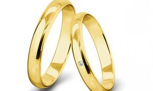 Siete cosas que no deberían llevar médicos y enfermeros: anillos, rastas…