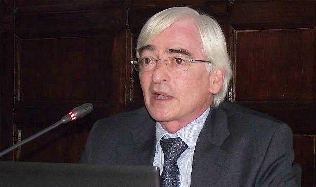 Sindicatos exigen la carrera administrativa para el personal de Osasunbidea