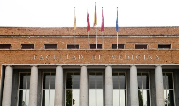 Solo dos facultades de Medicina no obligan a hacer prácticas en Primaria