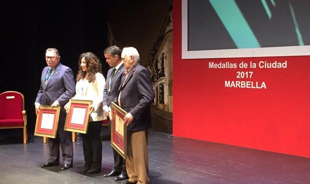 Susana Díaz homenajea a Pablo Ráez en el Día de Andalucía
