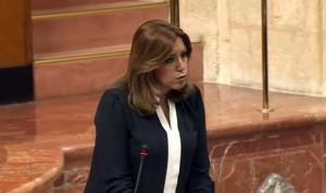 """Susana Díaz tacha de """"demagogia barata"""" las críticas contra la sanidad"""