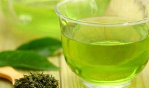 Té verde contra el alzhéimer: detiene la formación de placas amiloides