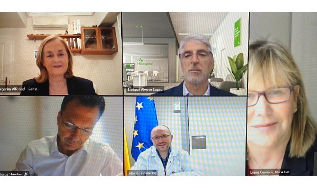La tecnología sanitaria pide al gerente del Seris que se vacune al sector