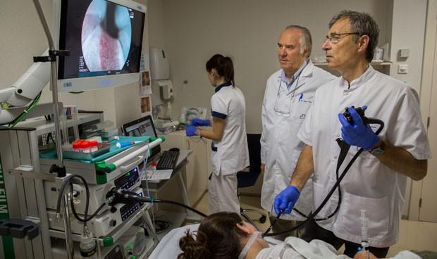 Teknon, primer centro de España en usar la endoscopia BLI
