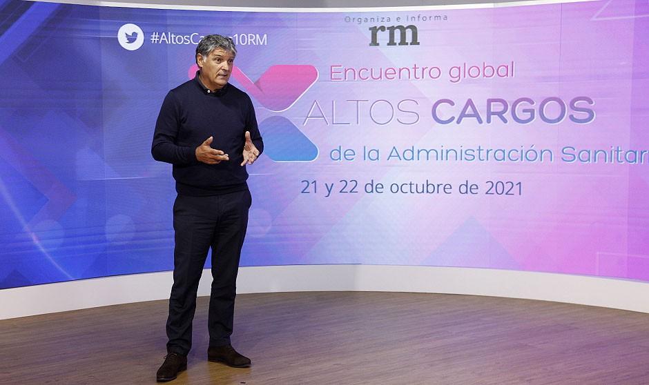 """Toni Nadal, a los Altos Cargos: """"Nunca una excusa gana un partido"""""""