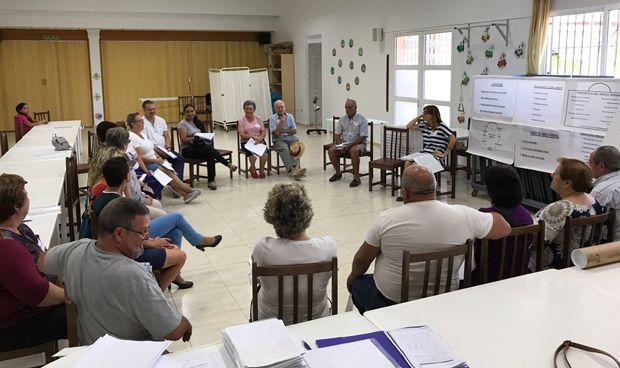 Torrevieja y Vinalopó forman a sus pacientes con el programa Pacient-Actiu