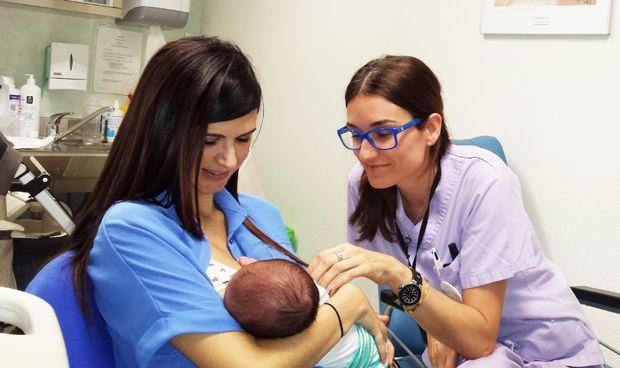 Torrevieja y Vinalópo, reconocidos por su humanización en maternidad