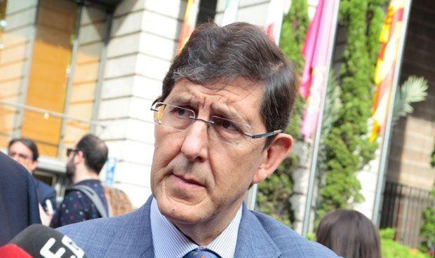 Tragedia en el entorno familiar del consejero de Salud de Murcia