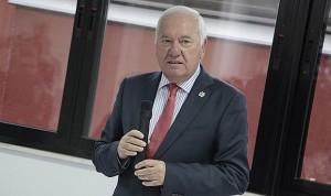 Tras la revelación de sus sueldos... Pérez Raya renuncia al del CGE