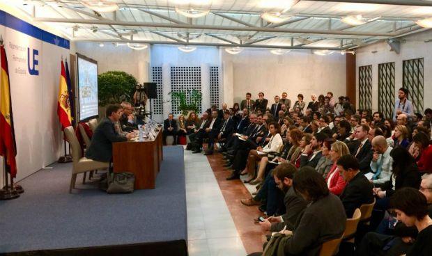 Tregua Montserrat-Comín-Colau en Bruselas para salvar la EMA para Barcelona