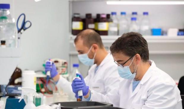 Tres universidades acaparan la producción científica en Medicina de España