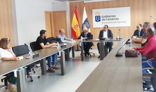 "Trujillo se compromete a terminar con la ""inestabilidad laboral"" del SCS"