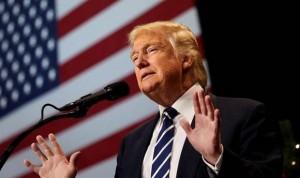 """Trump apela ahora a la unidad para """"arreglar"""" el 'Obamacare'"""