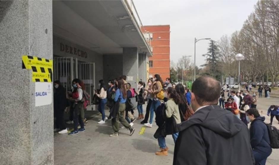 Tú a Madrid, yo a Ávila: provincias más y menos atractivas para ser MIR