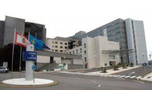 Tumba a su médico de un puñetazo tras negarle un euro para el autobús