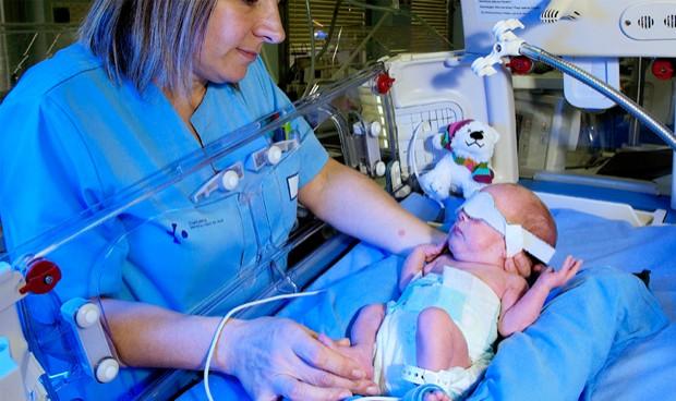 UGT avisa: Enfermería debe cobrar los complementos por turnos y guardias