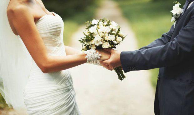 Un análisis asocia el no estar casado con más riesgo de muerte por derrame