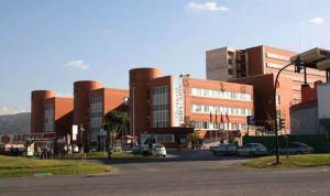 Un cartel sobre reiki en Oncología de La Arrixaca desata la polémica