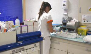 Un centenar de enfermeros se integran como estatutarios fijos en el Sermas