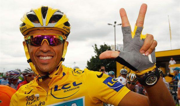 Un comentario sobre osteopatía de Alberto Contador indigna a los 'fisios'