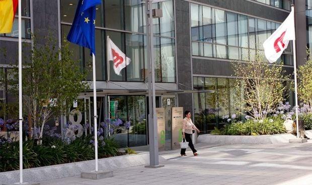 Un exalto cargo ministerial de Sanidad encuentra trabajo por LinkedIn