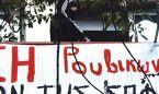"""Un grupo de anarquistas griego amenaza a un médico con """"cortarle la mano"""""""