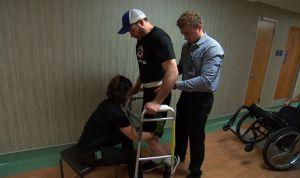 Un hombre parapléjico vuelve a caminar gracias a la estimulación eléctrica