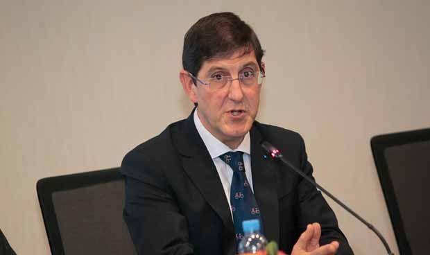 """Un médico asesor del concurso TRD de Murcia: las cláusulas son """"miserables"""""""