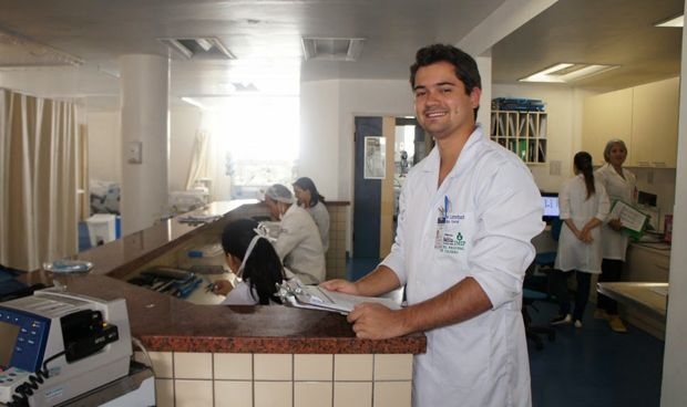 Un médico, un MIR y un estudiante son exactamente lo mismo para un paciente
