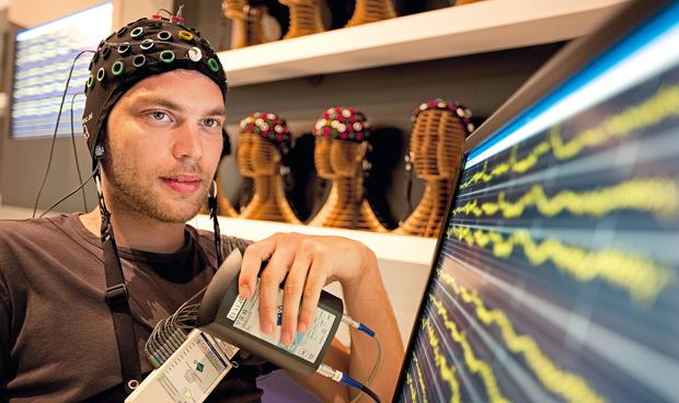 Un ordenador devuelve la posibilidad de comunicarse a pacientes con ELA