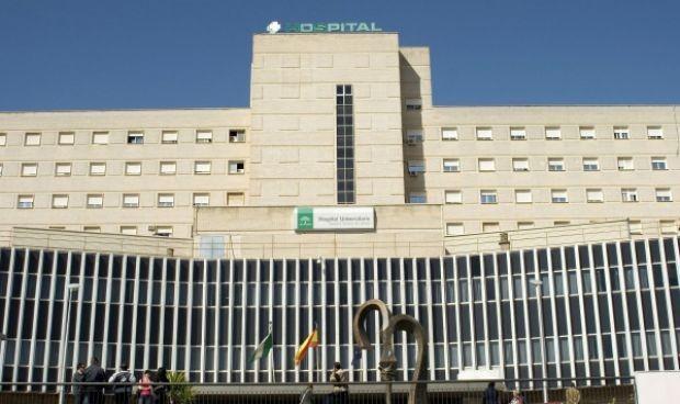 Un paciente arroja un teléfono a la cabeza de su enfermero en Urgencias