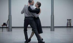 Un paciente con ELA vuelve a 'bailar' por la investigación en la enfermedad