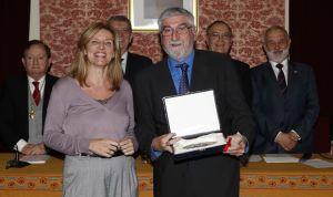 Un pediatra riojano recibe el Premio CAI al mérito profesional