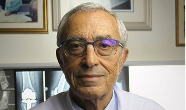 Un prestigioso médico marroquí que obtiene la nacionalidad española