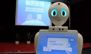 Un robot empieza a 'pasar consulta' en un centro de salud de China
