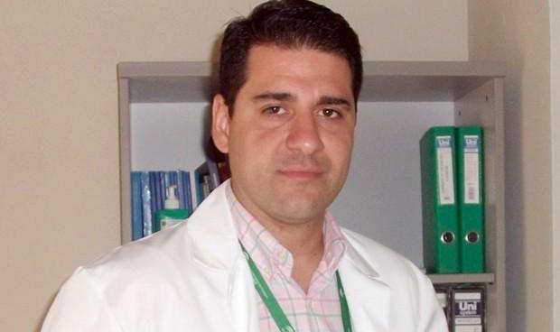 Un sanitario inventa un catéter que facilita el acceso intravenoso