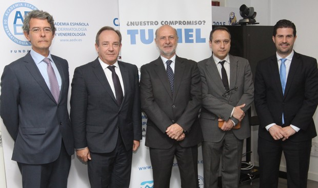 Una 'app' de dermatólogos españoles ayuda a cooperantes de todo el mundo