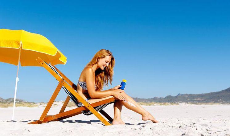 Una 'app' informa del tiempo que se puede estar al sol sin dañar la piel
