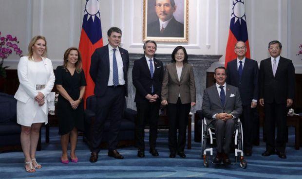 Una delegación 'sanitaria' de diputados en Taiwán