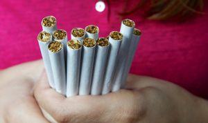 Una hora semanal de exposición al humo del tabaco afecta a la salud joven
