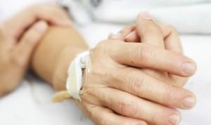 Una médico, absuelta de asesinato tras aplicar la eutanasia a una paciente