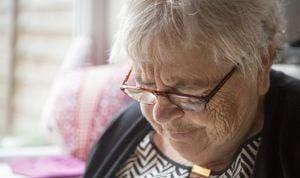 Una pequeña molécula bloquea la proteína causante de alzhéimer