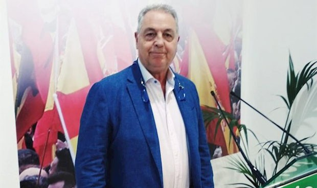 Unas grabaciones fuerzan el adiós del médico y presidente de Vox Melilla