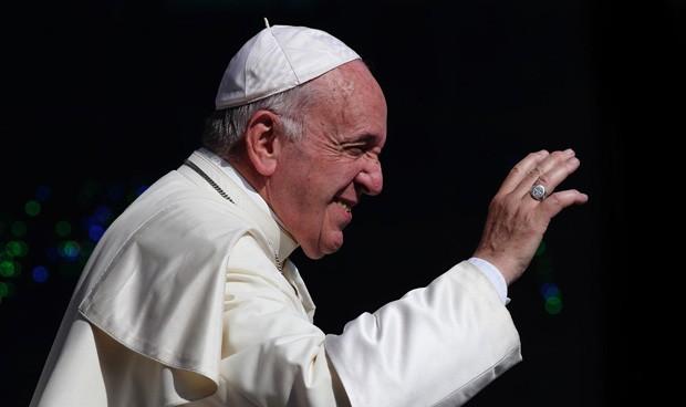 """Vacuna del Covid-19: el Papa pide """"privilegiar"""" a los pobres en su acceso"""