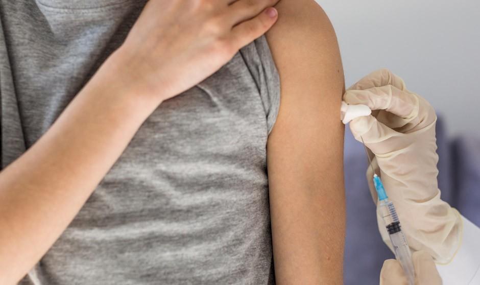 Vacuna Covid Pfizer en adolescentes: inmunidad, eficacia y seguridad
