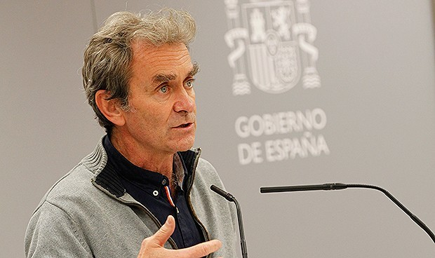 Vacunas Covid: Simón defiende un modelo de patentes con límite de beneficio