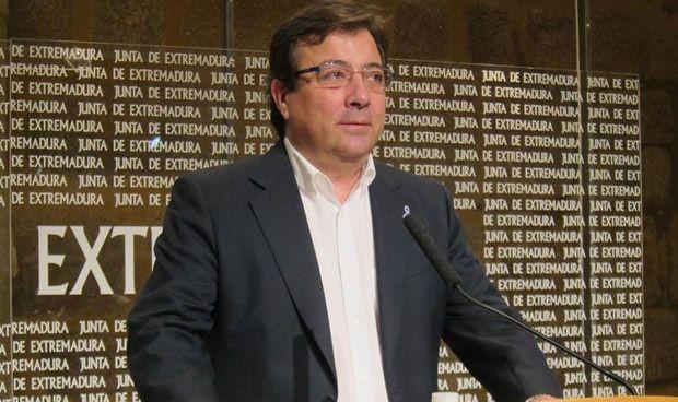 """Vara ofrece """"diálogo"""" a los MIR de Cáceres que han convocado huelga"""