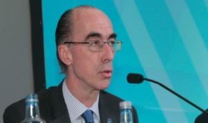 Vázquez Almuiña destaca la evolución del Hospital da Costa