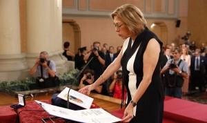 Ventura jura como consejera de Sanidad de Aragón: el presupuesto, prioridad