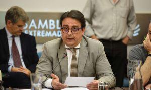 """Vergeles, """"empeñado"""" en abrir el nuevo Hospital de Cáceres lo antes posible"""